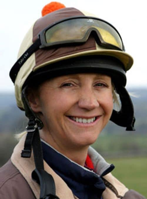 Racehorse Trainer Ann Duffield recommends PureFlax 100% natural flax seed oil